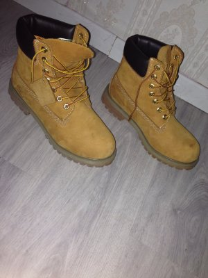 !!!Timberlands 6 inch Boots