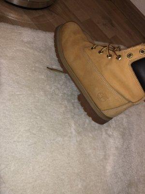 Timberland Short Boots beige