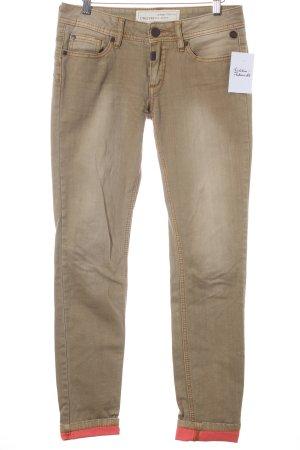 Timezone Skinny Jeans sandbraun-lachs Street-Fashion-Look