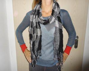 TKMaxx Schal neuwertig in einem schönem Muster