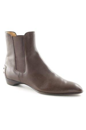 Tod's Chelsea Boots dunkelbraun Street-Fashion-Look