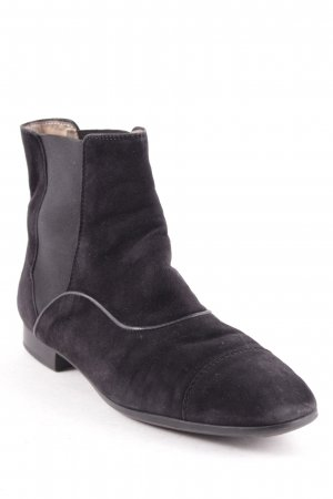 Tod's Chelsea Boots black casual look