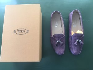 Tod's Gommino in Flieder