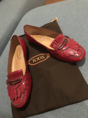 Tod's Loafer in rotem Lack