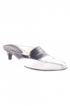 Tod's Zuecos blanco-negro look casual