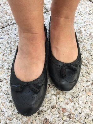 Tods: klassische Ballerinas in schwarz Größe 39