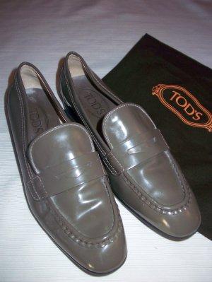 0039 Italy Chaussures basses kaki cuir