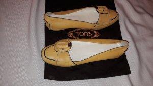 0039 Italy Chaussures jaune foncé cuir