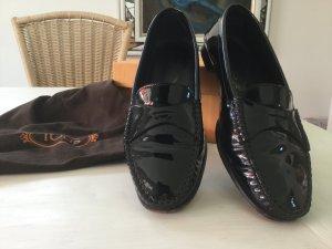 Todt's Loafer