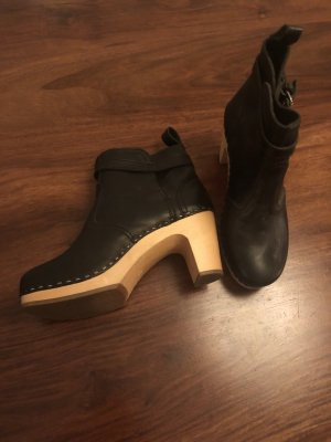 Toffel Clogs Booties von Swedish Hasbeens NEU