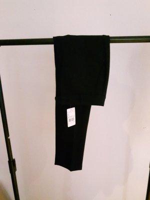 Tolle 7/8- Businesshose in schwarz mit Bügelfalte Gr. 36 ***Hallhuber- NEU*** NP: 89.95€