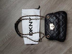Tolle Abendtasche von DKNY aus gestepptem Leder