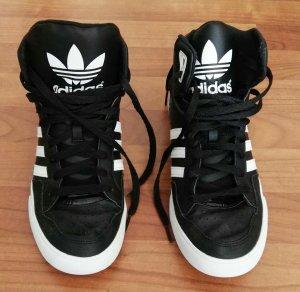 tolle Adidasschuhe schwaz/weiß Gr. 41
