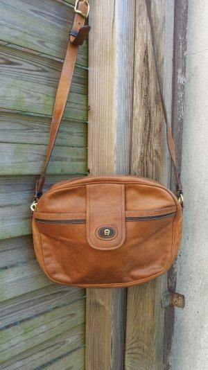 Tolle Aigner Vintage Tasche Schultertasche Handtasche Echt Leder groß Cognac