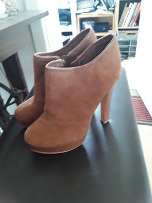 Tolle Ankle Boots in wildleder Optik