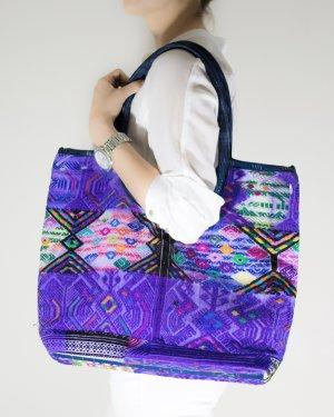 tolle bunte handgemachte Tasche! #ethno #tribal #hipster #vintage
