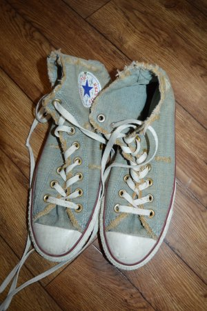 Tolle Converse Chucks Gr. 39 Jeans Used Look cool