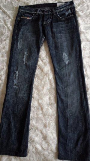 Tolle Diesel Jeans Lowky Hüftjeans w. Neu helle Näthe Röhre gr 27/34