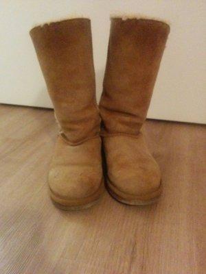Tolle EMU Boots Größe 37