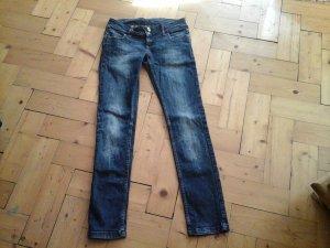 tolle Fishbone Jeans dunkles blau Gr. 29 Skinny