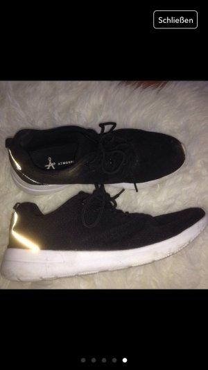 Tolle gemütliche schwarze Schuhe 40