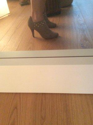 Tolle graceland booties Größe 39