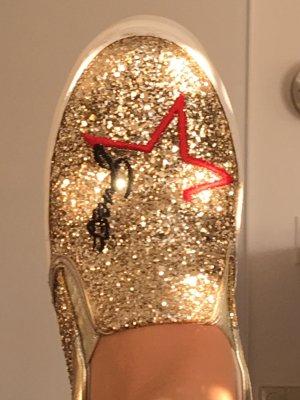 Tolle Guess Schuhe Gold Glitzer