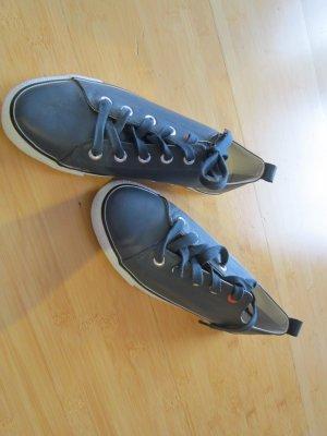 Scarpa stringata grigio scuro