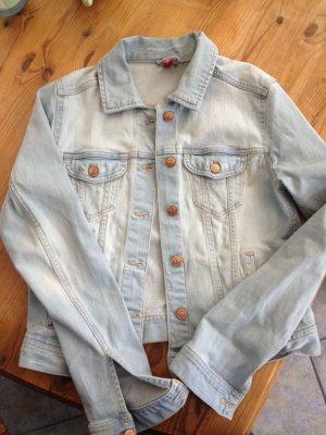Tolle hellblaue Jeansjacke Größe 40