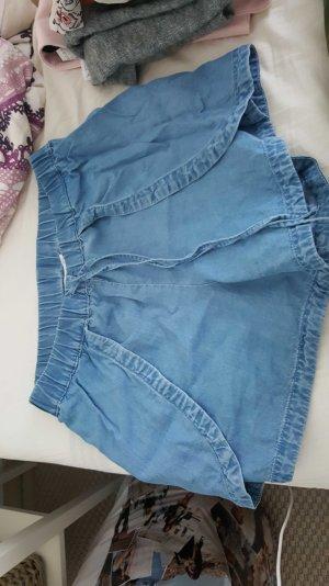 tolle high waist shorts von Mango
