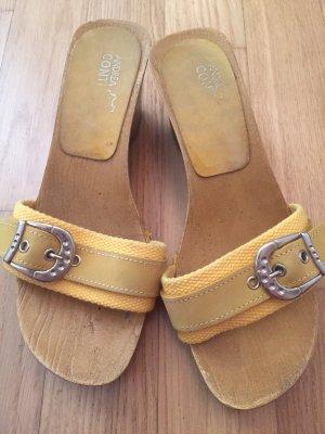 Tolle Holz Sandaletten