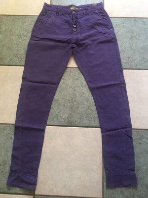 Tolle Hose Jeans von Patrizia Pepe 28 lila