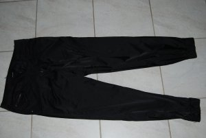 tolle Hose / Pumphose schwarz glänzend in Größe 36 / 38