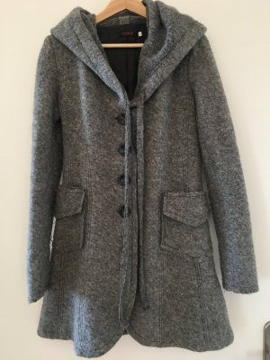 Tolle Jacke für den Frühling aus 70% Lana Wolle