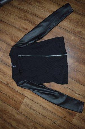 Tolle Jacke Gr. 36 von H&M  Stoff und Ledermix
