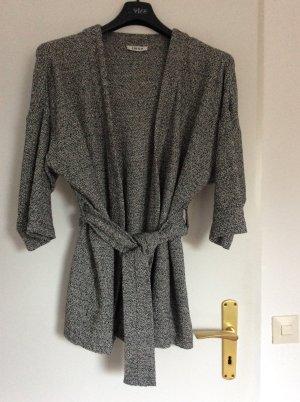 Tolle Jacke im Kimonostyl von Edited
