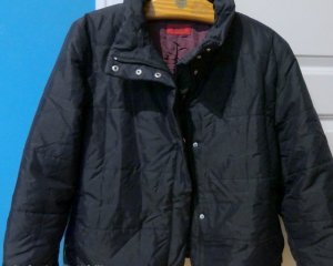 tolle Jacke von Hugo Boss Gr. 42 , dunkelblau