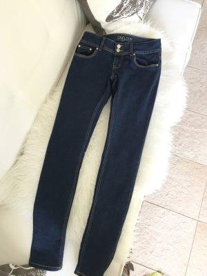 Tolle Jeans in sattem dunkelblau