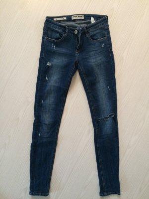Tolle Jeans mit Rissen