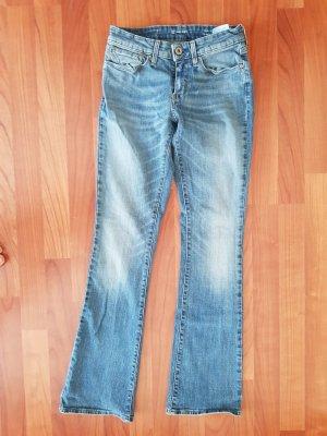 tolle jeans von levis gr.27