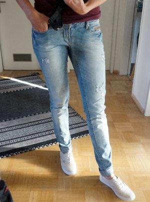 Tolle Jeans von Only mit Used Effekten