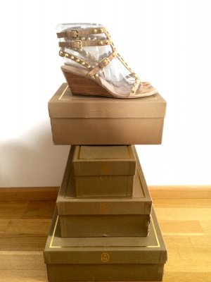 Tolle Keilabsatz-Sandaletten von Ash