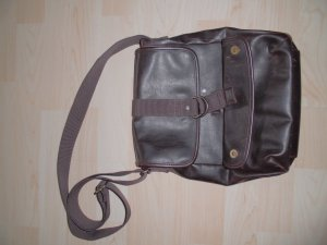 Tolle Lederhandtasche/Umhängetasche