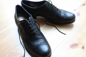 Zapatos brogue negro