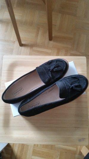 Tolle Loafer in schwarz von Topshop. Noch nie getragen. Quastendetail vorne.