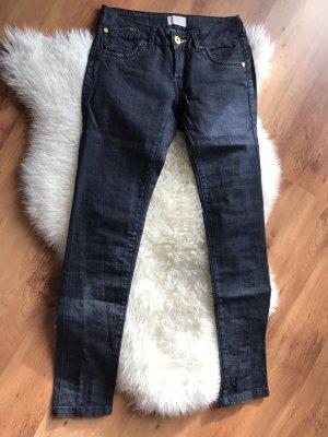 Tolle mötivi Jeans