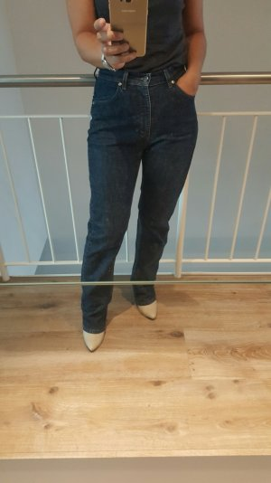 Tolle Mom Jeans in dunkle blau von JOOP!