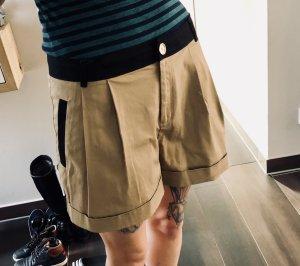 Tolle Moschino Shorts Sommer Blogger 40 M Gold Braun Schwarz  high waist Shorts