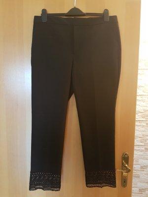 tolle, neue Hose von ZARA# Schwarzer Stoff mit Spitzen/Häkelborte an den Beinenden # XL