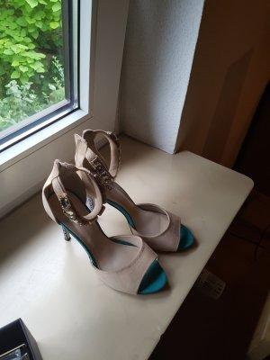 Tolle Neue Sandalen 40 ..